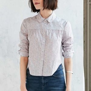 Alice & UO pink ferrielle pink button up size xs